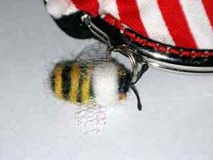 Bee225k_2